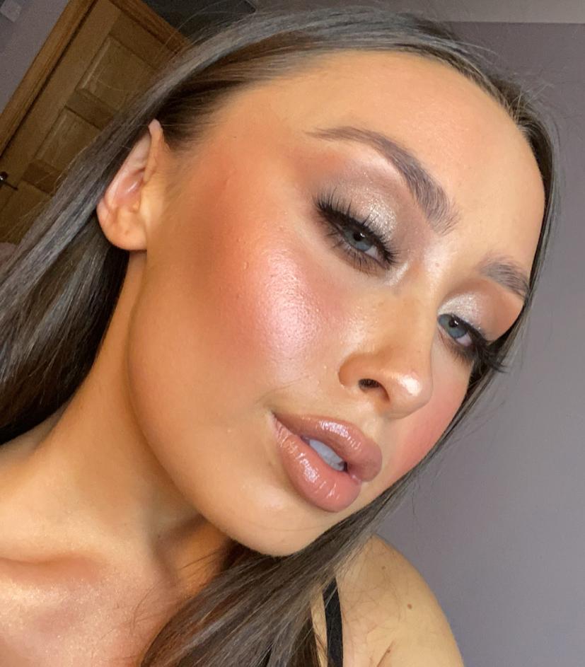 Sara Clarke makeup